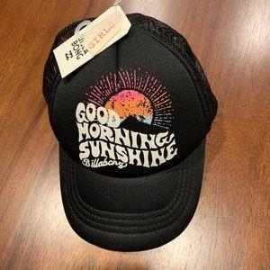Billabong NWT girls Trucker Hat